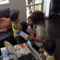 ママが、カットしている間は保育士さんが、赤ちゃん 子供達を見てくれてるので安心です✨  DVD 絵本 オモチャで楽しく過ごせます✨