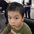 6歳のお兄ちゃんです(^-^)/ いつもは、ショートモヒスタイルですが、寒くなってきた事もあり、ナチュラルショートフォワードスタイルです✂️
