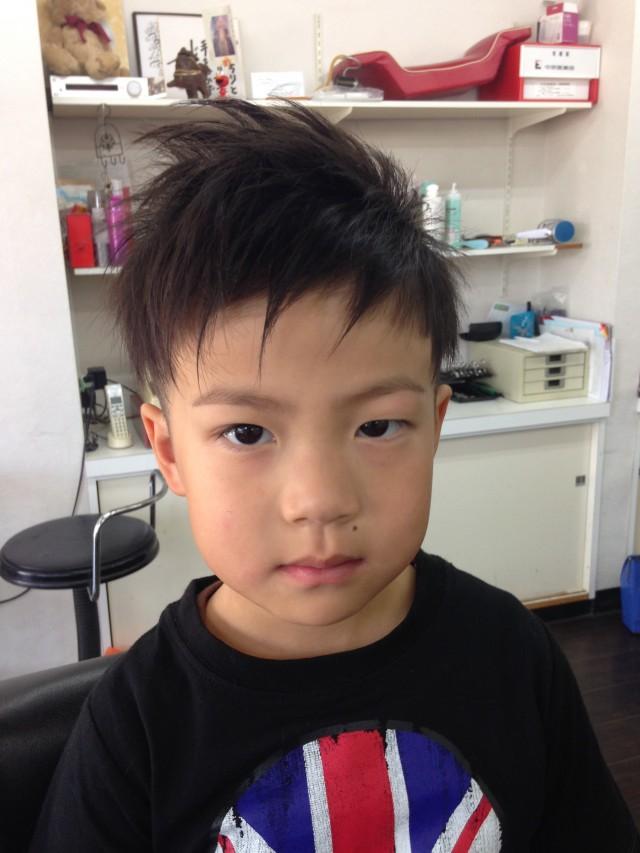 保育園の年中さんの男の子です! いつもとイメージチェンジてツーブロックスタイルに変身です(^-^)/