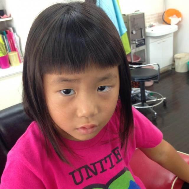 年少さんのお姉ちゃんです! 前髪は、ママの希望で短くですクレラップチャン風です(^-^)/