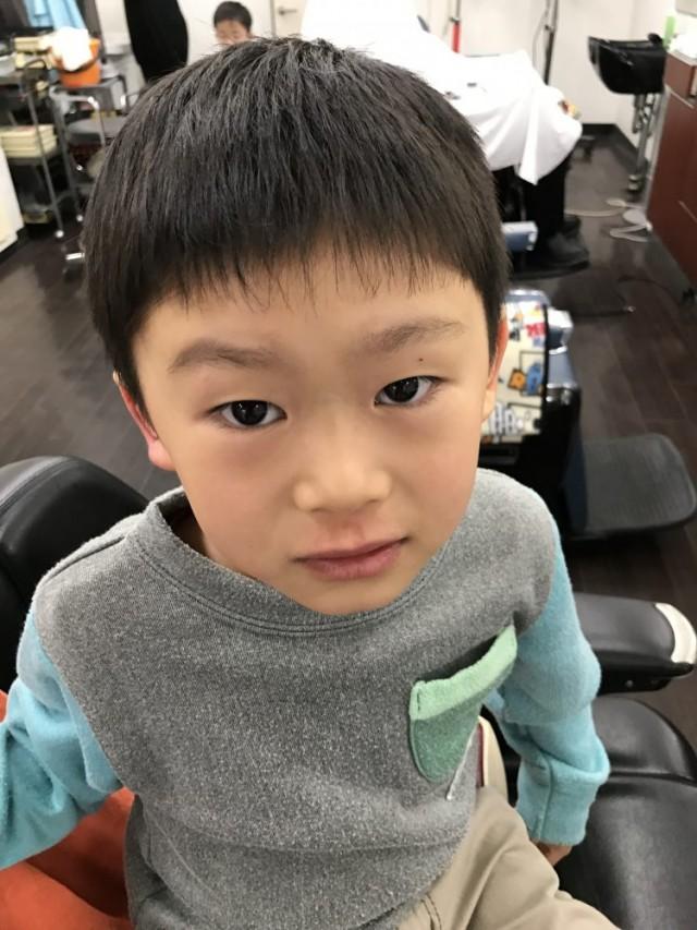 6歳の男の子です。 卒園式 入学式用にスッキリ短くカットしました(^-^)/