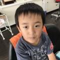 小学1年生の6歳の男の子です!! カット シェービング でどう変身するでしょう(^-^)/ 乞うご期待です!!
