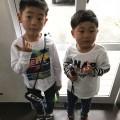 従兄弟 で仲良くカットです。お兄ちゃんは ソフトモヒカン 従兄弟ちゃんは ツーブロック スタイルで スッキリ ショーヘア です^_^!!