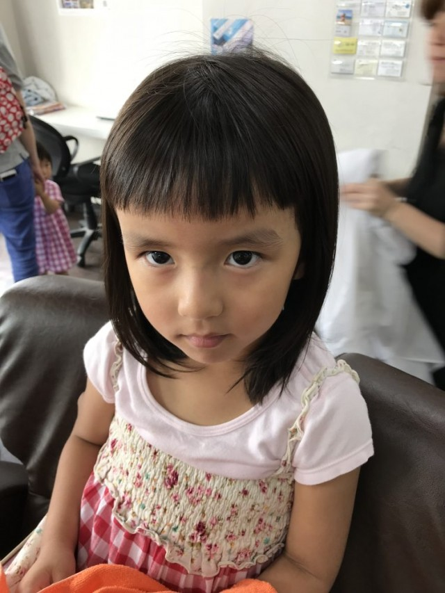 パパ ママ の希望で 短めの可愛いバング 前髪に 大変身!!