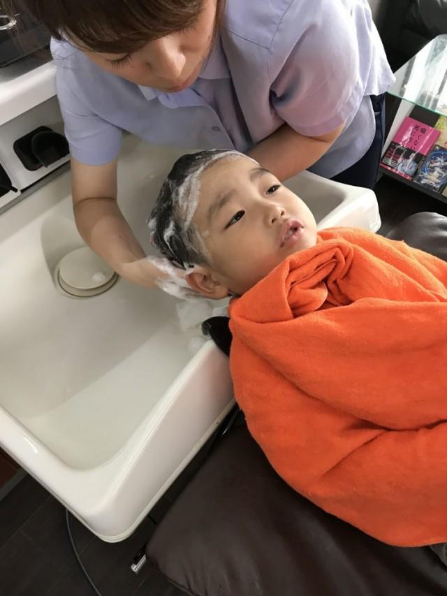4歳に男の子チャン 上手にシャンプーデビューです!!